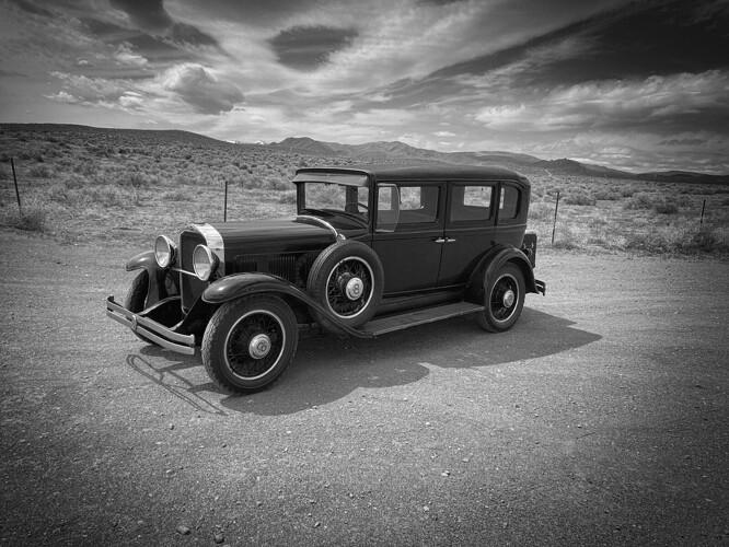 1930_willys_8-80D